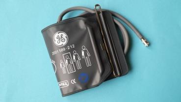 GE Blutdruckmanschette für Tonoport V (Zugbügel)